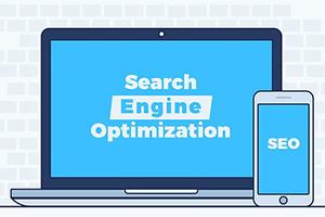 「Search Engine Optimization」の文字が映し出されたモニター